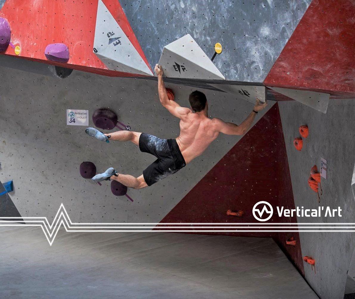 Grimpeur / balant / escalade de bloc / vertical'art / best salle d'escalade Grimpeur / balant / escalade de bloc / vertical'art / best salle d'escalade